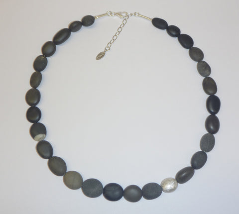 Pebble stone collar necklace by Rena Luxx