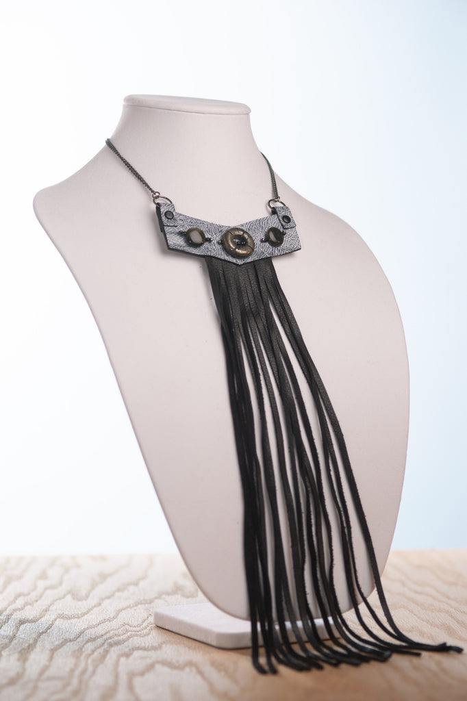Reclaimed patent leather & beads necklace 21""