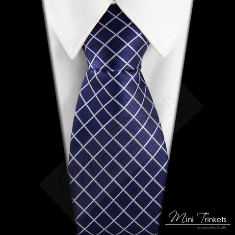 Silk Diamond Pattern Tie - Blue