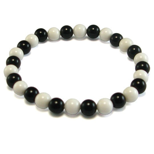 Natural Black and White Agate Tridacna Bracelet - 8 mm diameter