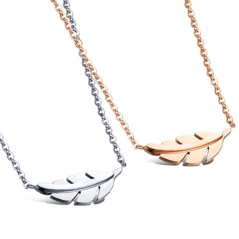 Japan and South Korea contracted titanium necklace female collarbone steel chain Brief paragraph match jewelry fashion leaf pendant-Color Ecru