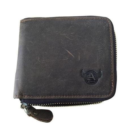Man's short crazy horse leather clutch bag with zipper