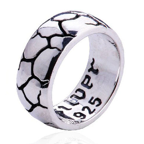 Cracked Surface Ring Engraved Inside Jewelry for Men's Fashion Apparel