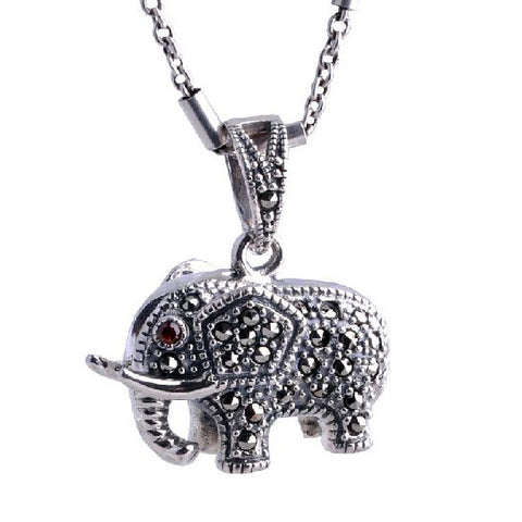 Cute Inlaid Match Gemstone Elephant Pendant Made of Thai Silver Jewelry Material (Pendant Only)