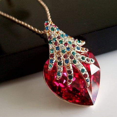 Heart-Shaped Red Crystal Diamond Necklace Jewelry for Special Occasions