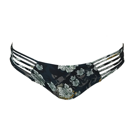 Beach Riot Hayden Bottom in White Floral