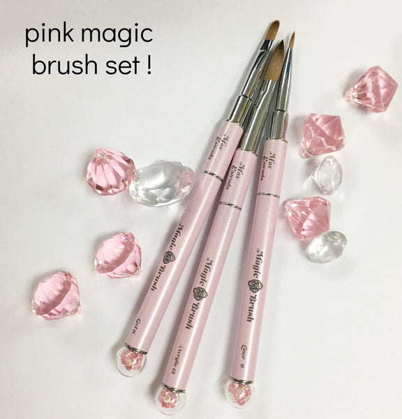Pink Magic brush set