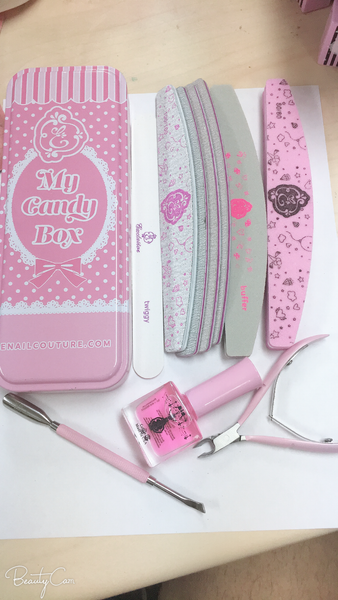 manicure kit ! with free gift