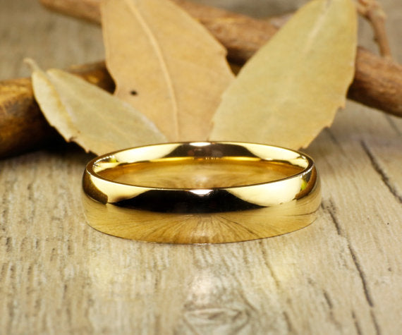 Special Custom Valentine's day Gifts for Couple, His & Hers Mens Womens Matching 18K Gold Wedding Bands Titanium Anniversary Rings Rings Set
