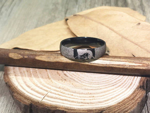 Handmade Fingerprint Comic Rings , Love Rings, Kiss Matching Wedding Rings, Black Titanium Rings Women Ring, 4mm - jringstudio