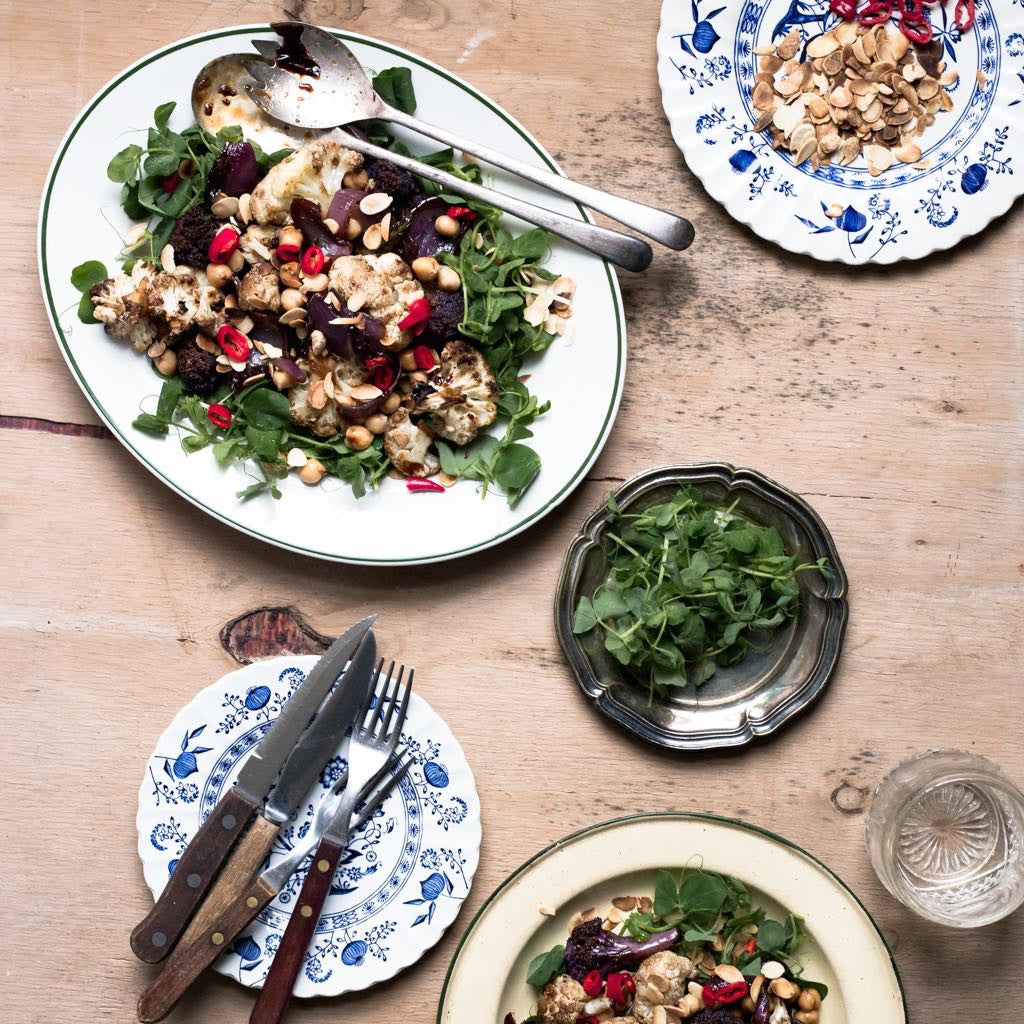 SEASONAL EATS | Roasted Cauliflower and Chickpea Salad