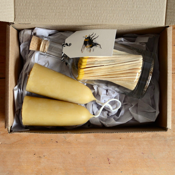 Bee Lovers Candle Gift Box
