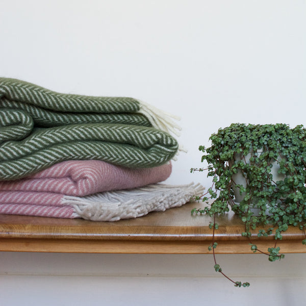 British Pure Wool Herringbone Throw Blush