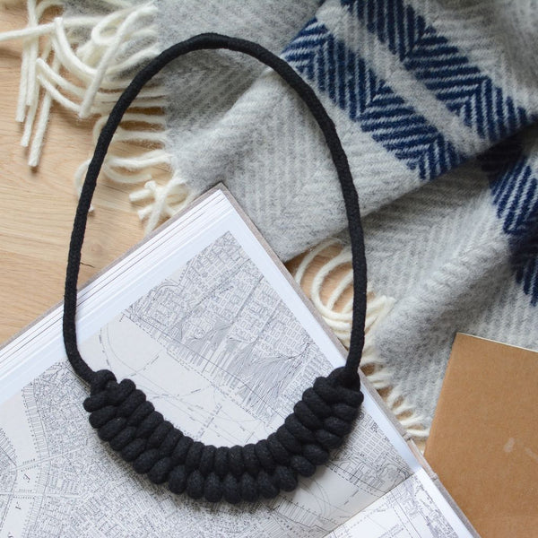 Knotted Rope Necklace Black