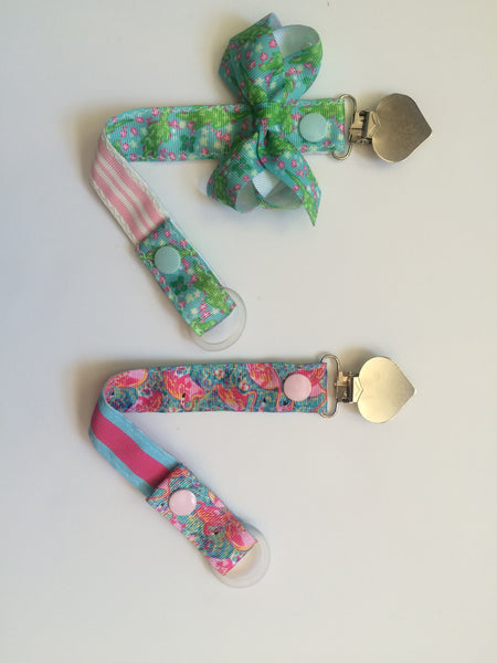 Girls pacifier clip without bow