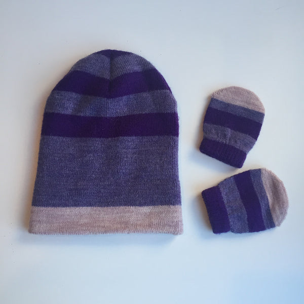 Three toned purple hat with matching mittens