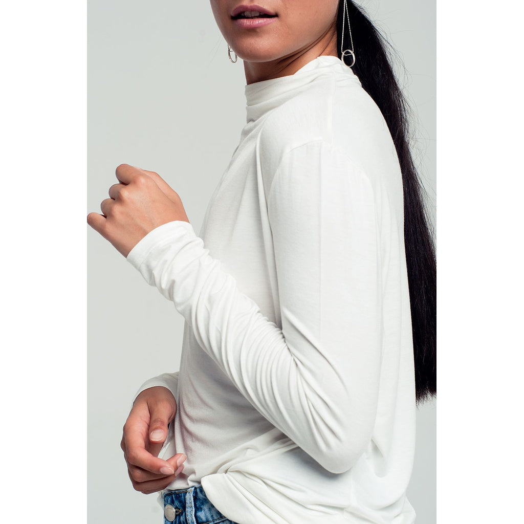 Lightweight top in white - Stylishme