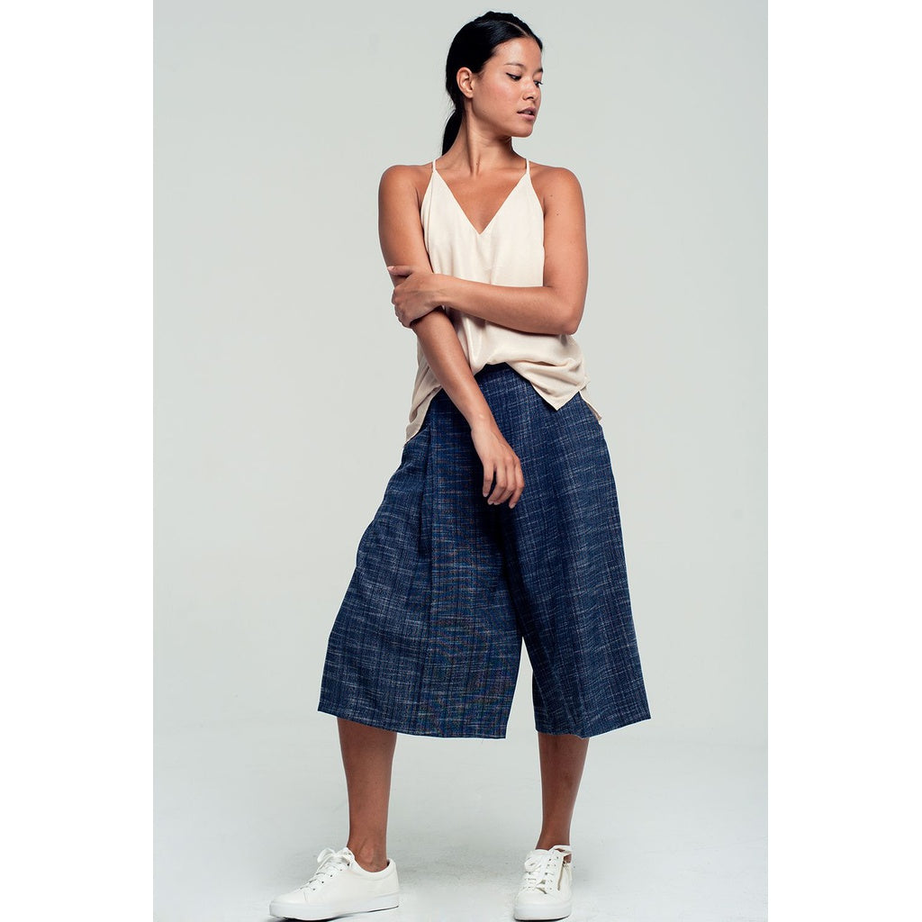 Tailored culottes in navy - Stylishme
