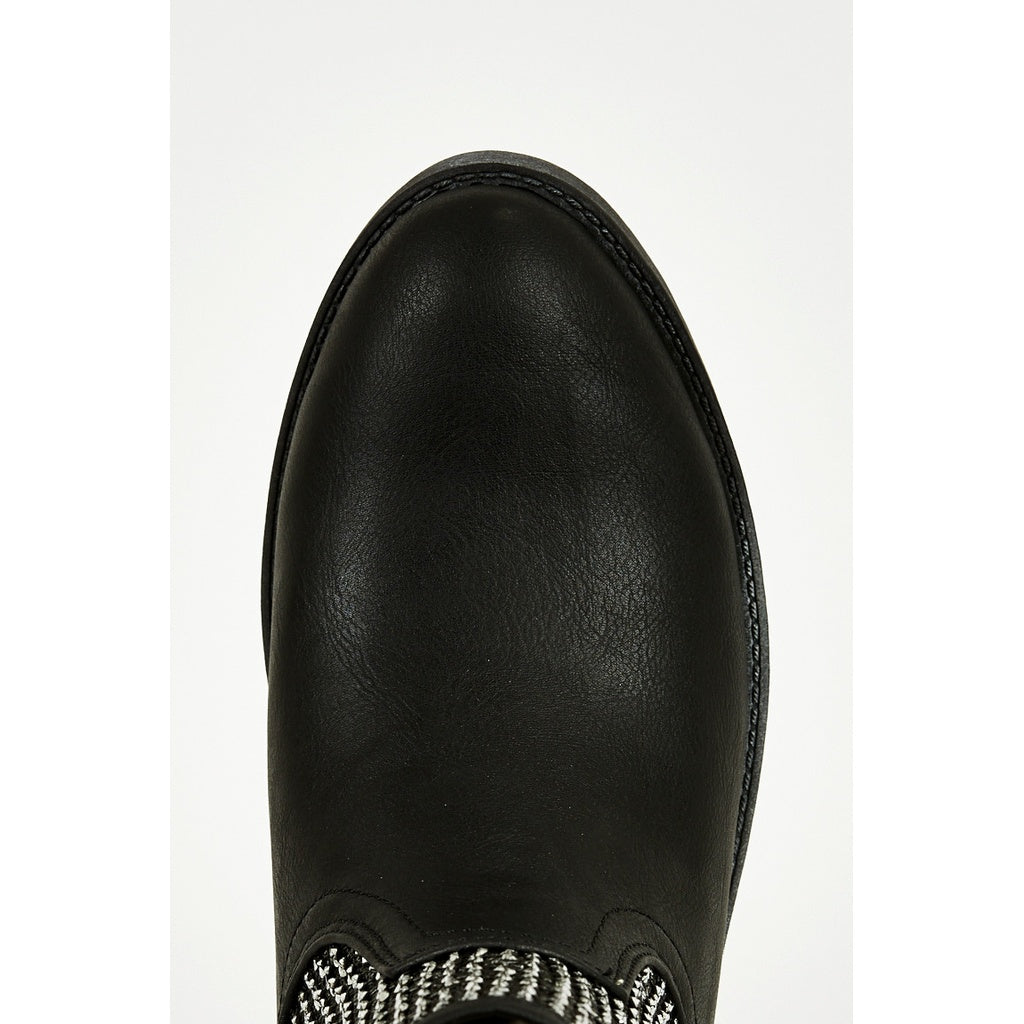 Textured Silver Leatherette Cowboy Boots In Black - Stylishme