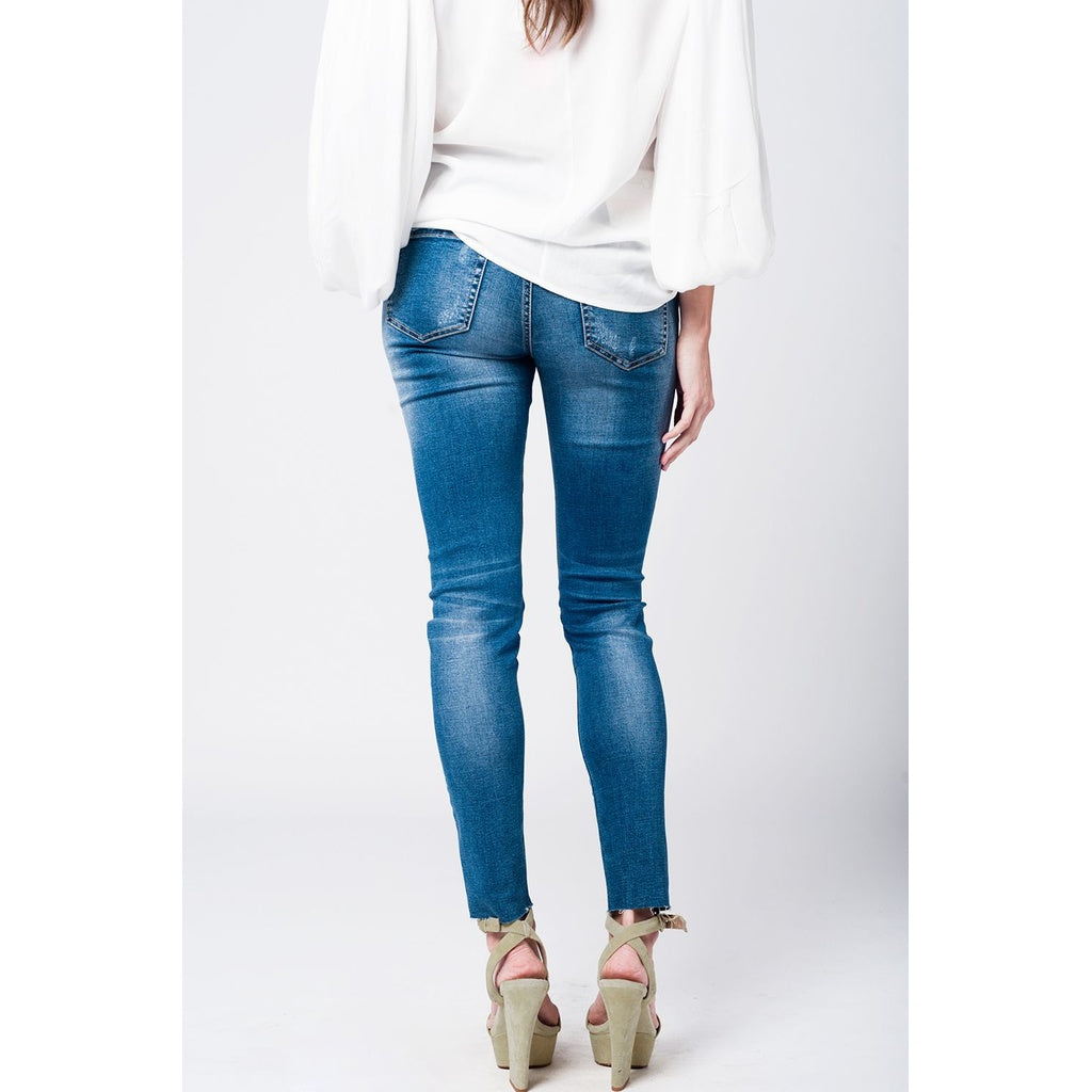 Skinny rip jeans with embroidered patches - Stylishme