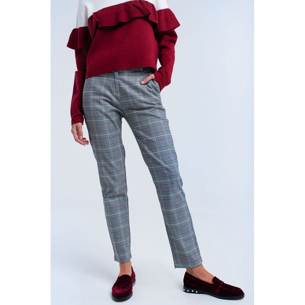 Red tartan pants - Stylishme