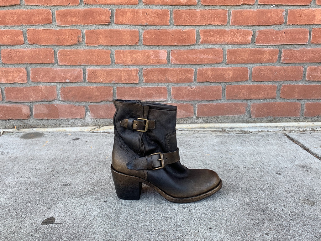 strategia moto ankle booties