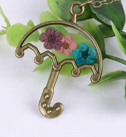 Umbrella Shaped Flower Necklace