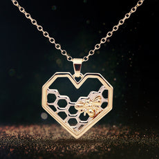 Free Bee Necklace