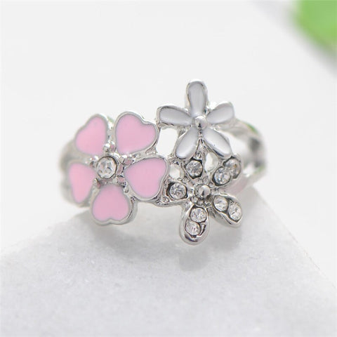 """The 3 Flowers"" Ring"