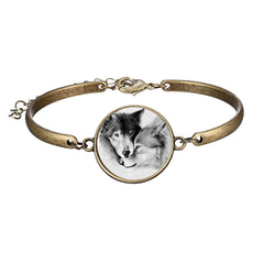 Wolf Glow in the Dark Round Cameo - Bracelet