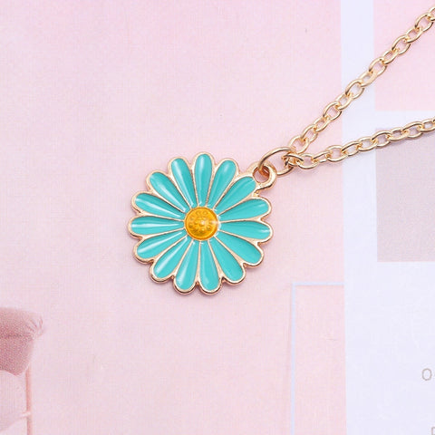 Daisy Enamel Necklace