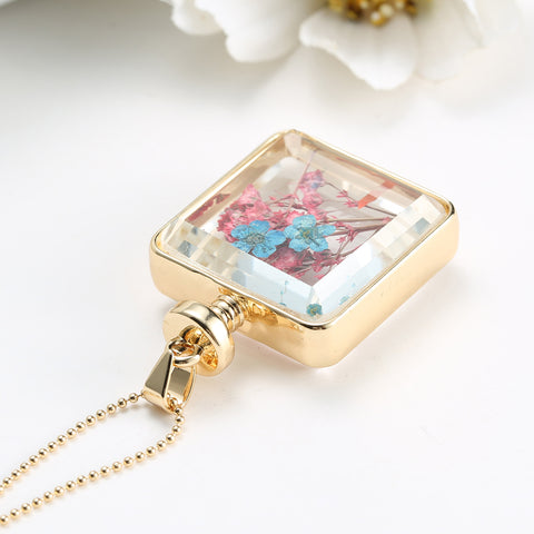 Dried red and blue Flowers Gold Square Necklace
