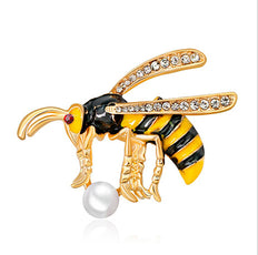 Free Wasp Brooch