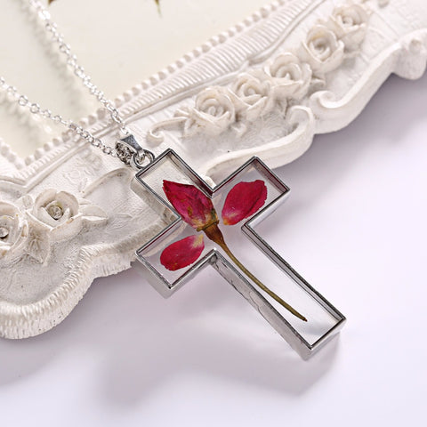 Dried Flowers Cross Necklace