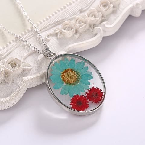 Dried Big Flower Glass Necklace