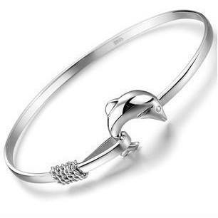 Dolphin Bracelet Helping Animals At Risk