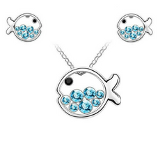 Fish Necklace And Earrings Set  (2 Color Styles)
