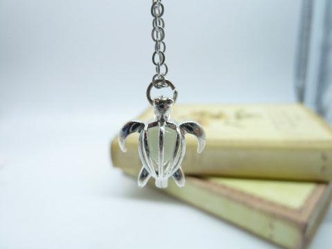 Necklace - Magic Turtle Glow In The Dark Pendant