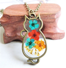 The Four Flowers Cat Necklace