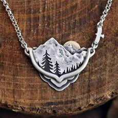 The Nature Necklace
