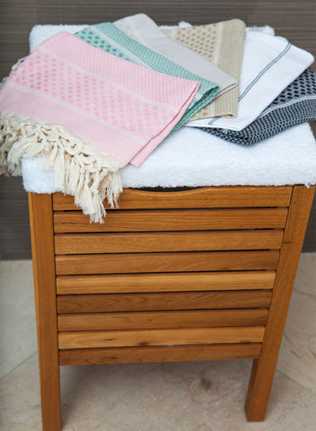 Scents and Feel Fouta Towel Honeycomb Polka Dot