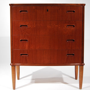 Danish Keylock Dresser With Flushed Handles
