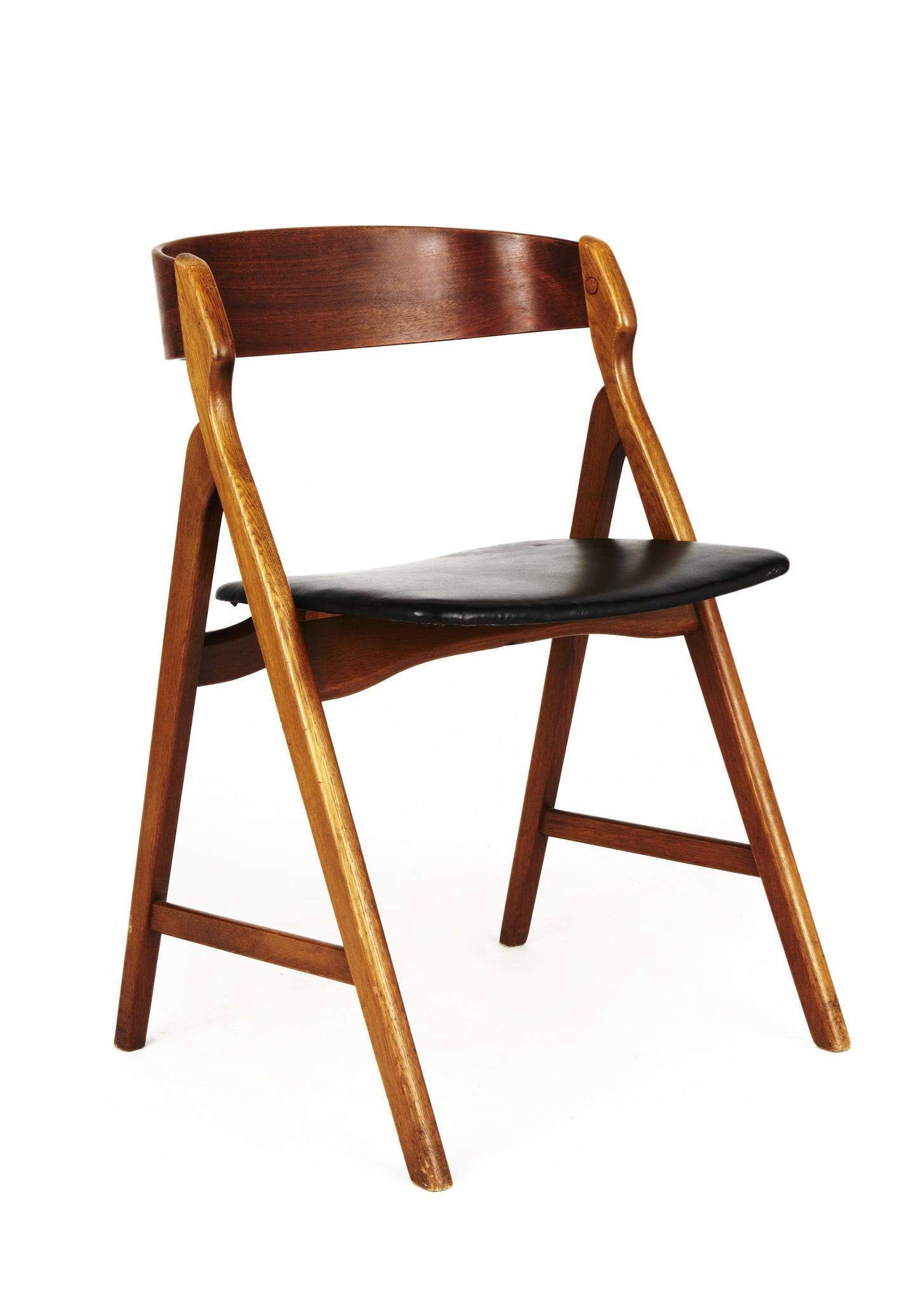 Henning Kjaernulf Curve-Back Chair