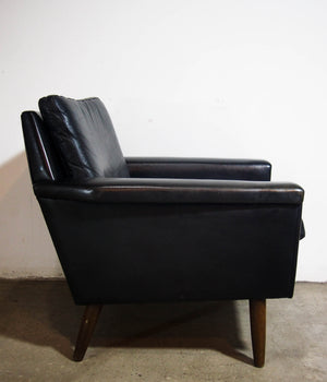 Black Leather Armchair W/ Mahogany Legs