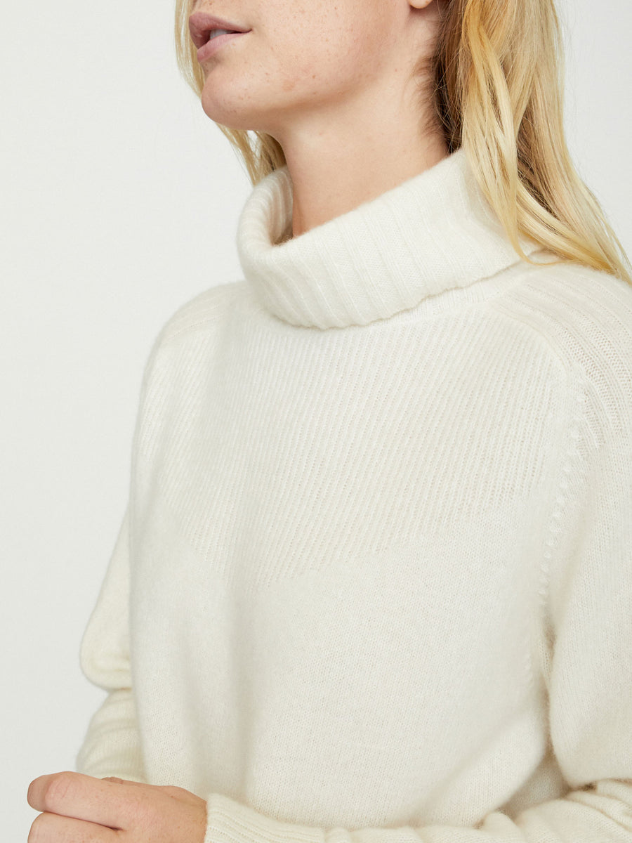 The Arroyo Turtleneck