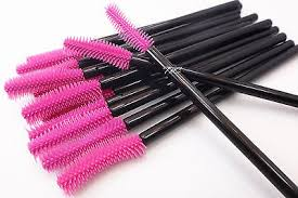 DISPOSABLE MASCARA BRUSHES (10 or 50  PIECES)