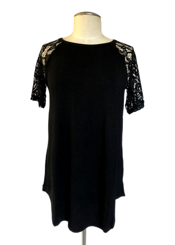 Short Sleeved Lace Scoop Neck Tee Black