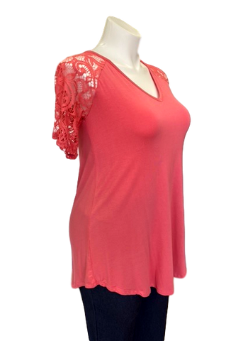 Short Sleeved Lace V-Neck Tee in Coral