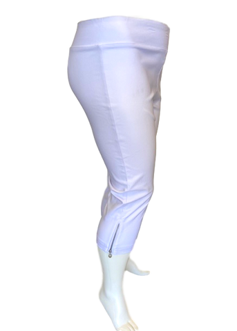 Stretch Comfort Capri in White with Heart Zipper