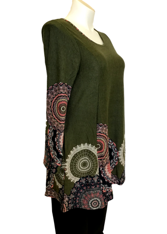 Fall sweater tunic dress for curvy women over 40.